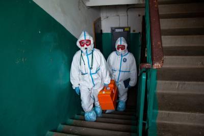 В России зафиксировали первых заболевших новым штаммом коронавируса